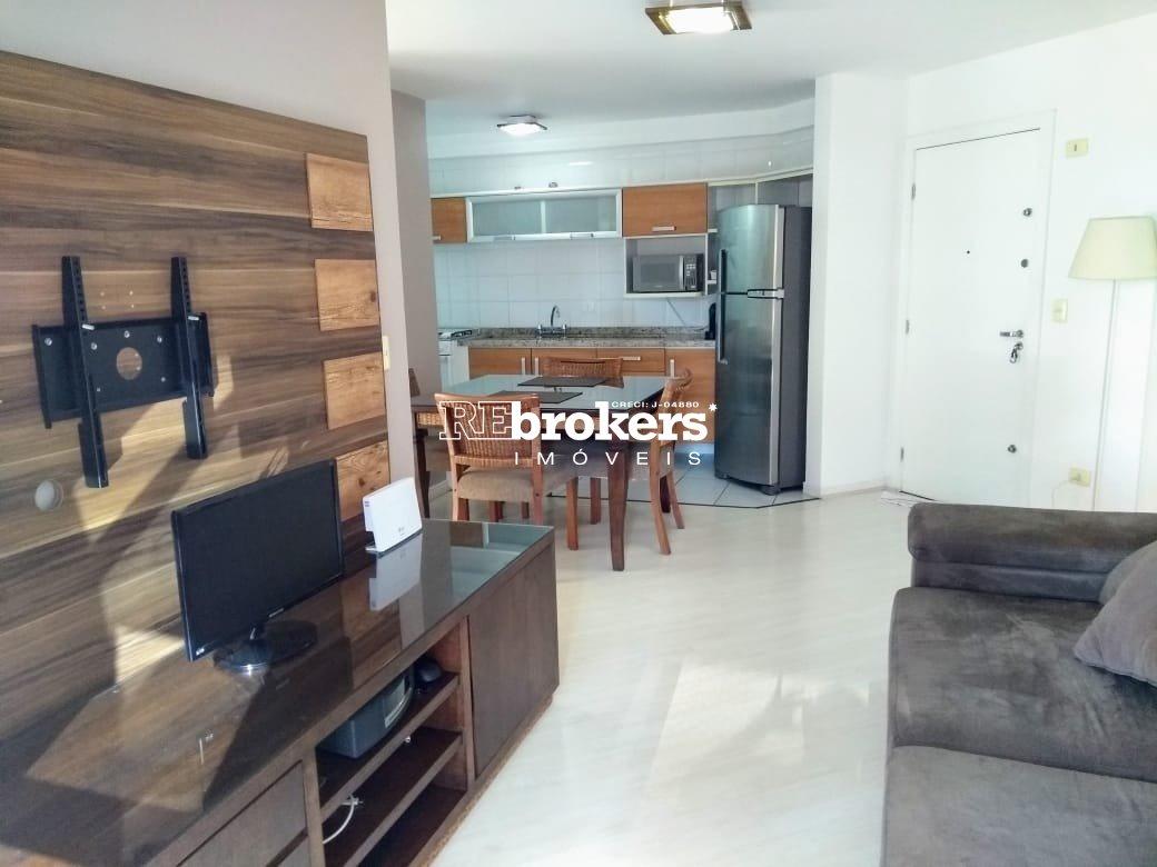 Apartamento com 2 dormitórios à venda em Curitiba, no bairro Batel