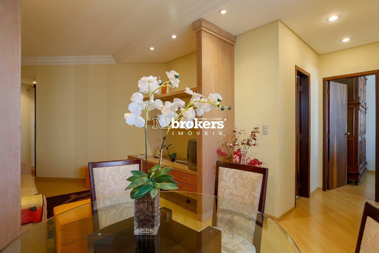 Apartamento com 2 dormitórios à venda em Curitiba, no bairro Portão