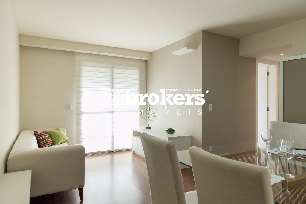 Apartamento com 3 dormitórios à venda em Curitiba, no bairro Água Verde