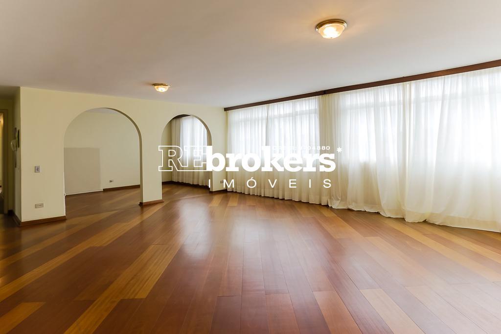Apartamento com 4 dormitórios à venda em Curitiba, no bairro Centro