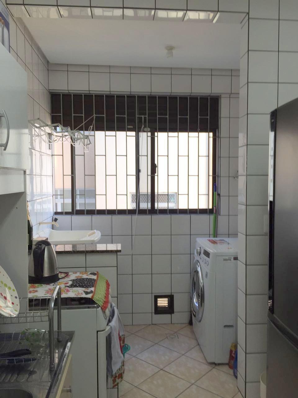 Apartamentos de 2 dormitórios à venda em Abraão, Florianópolis - SC
