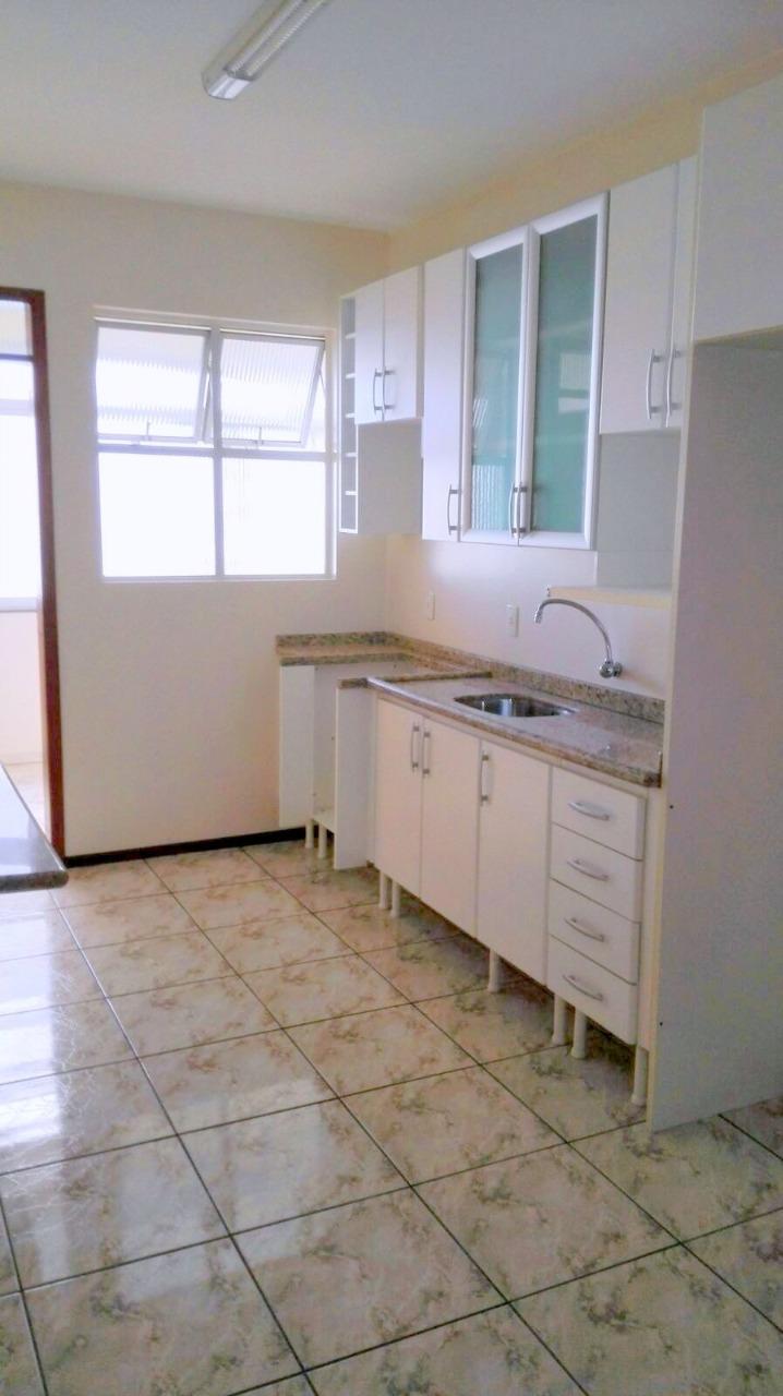 Apartamentos de 3 dormitórios à venda em Campinas, São José - SC