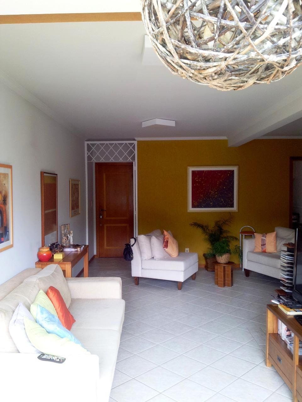Apartamentos de 3 dormitórios à venda em Pantanal, Florianópolis - SC