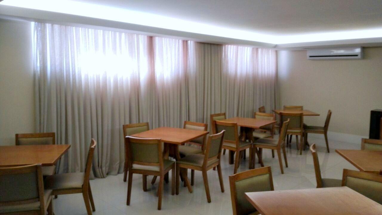 Apartamentos de 3 dormitórios à venda em Barreiros, São José - SC