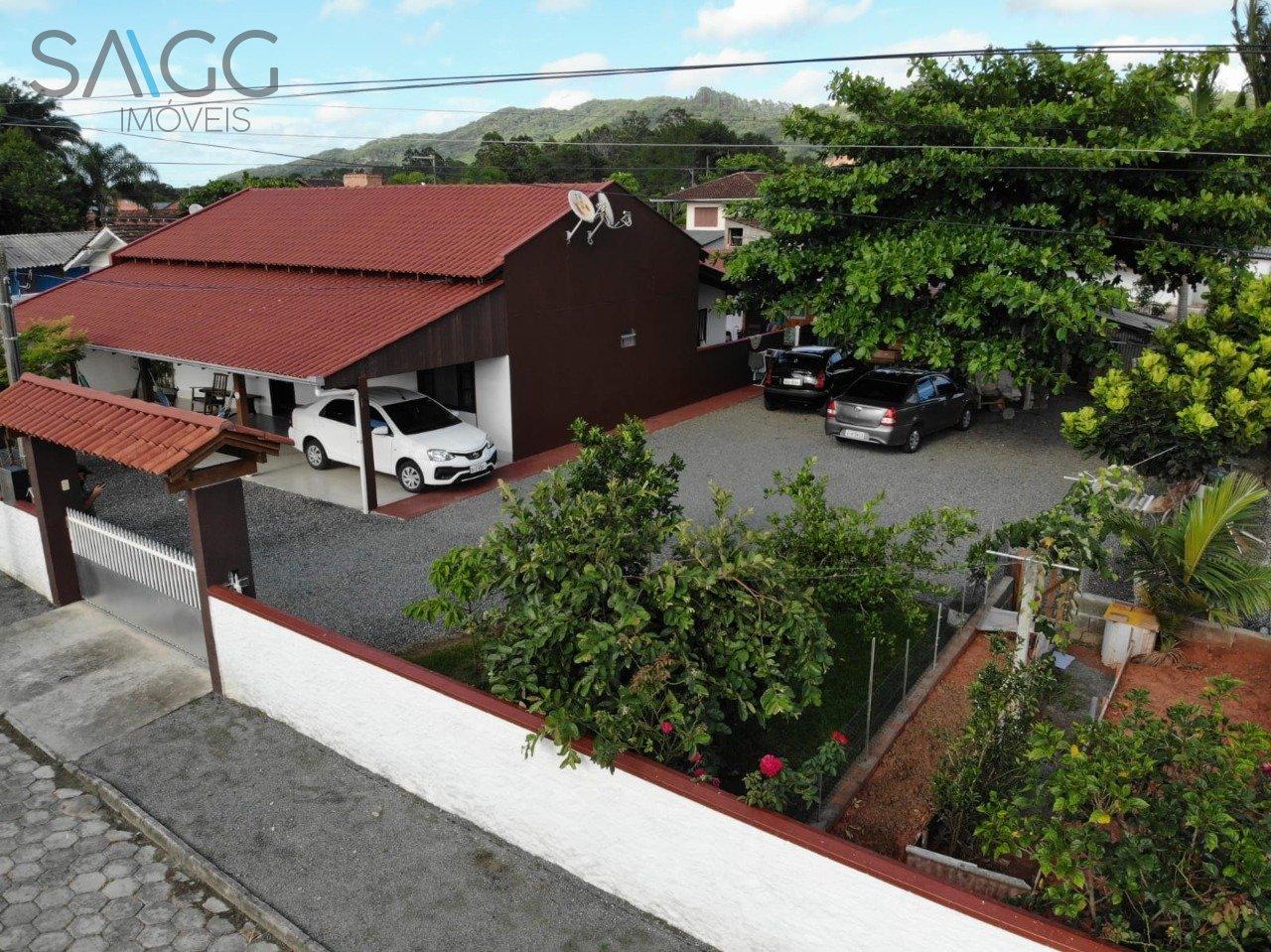 Casa à venda  no Gravatá - Navegantes, SC. Imóveis
