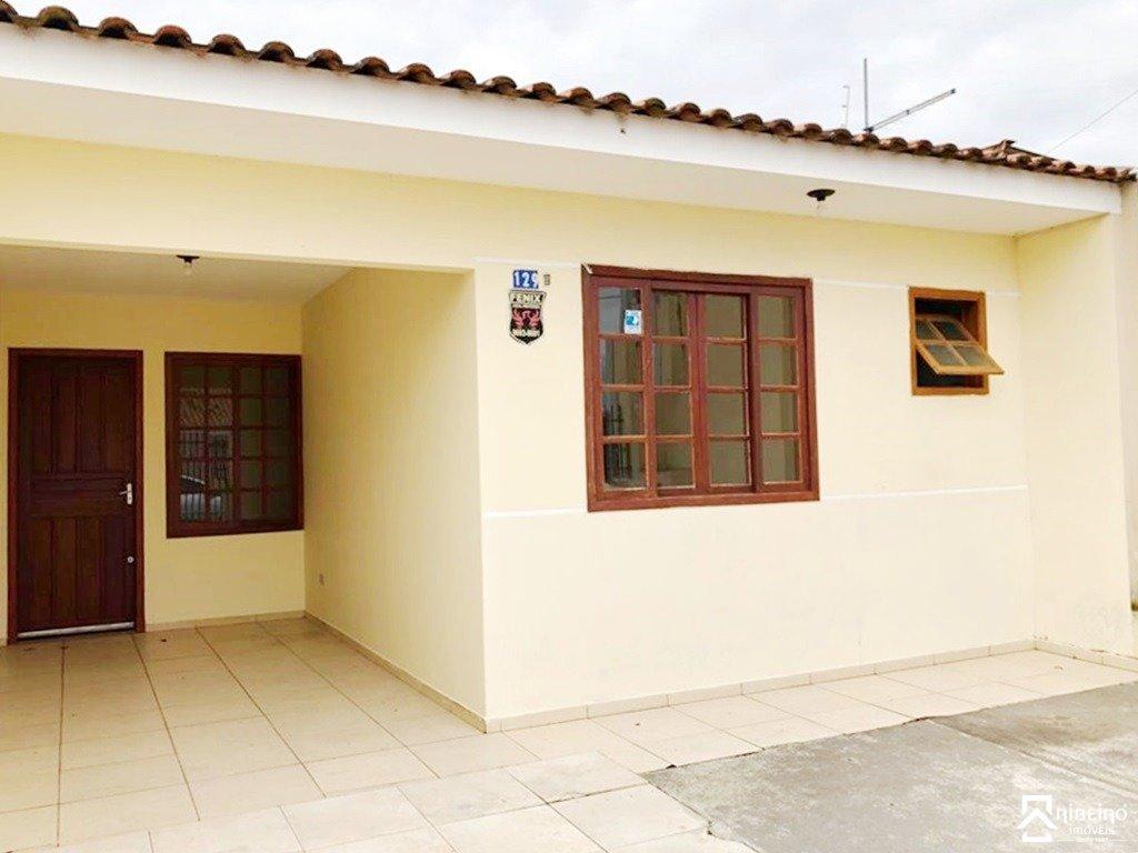 REF. 1607 -  São José Dos Pinhais - Rua  Mieczylau Gumiela, 129 - Bl B