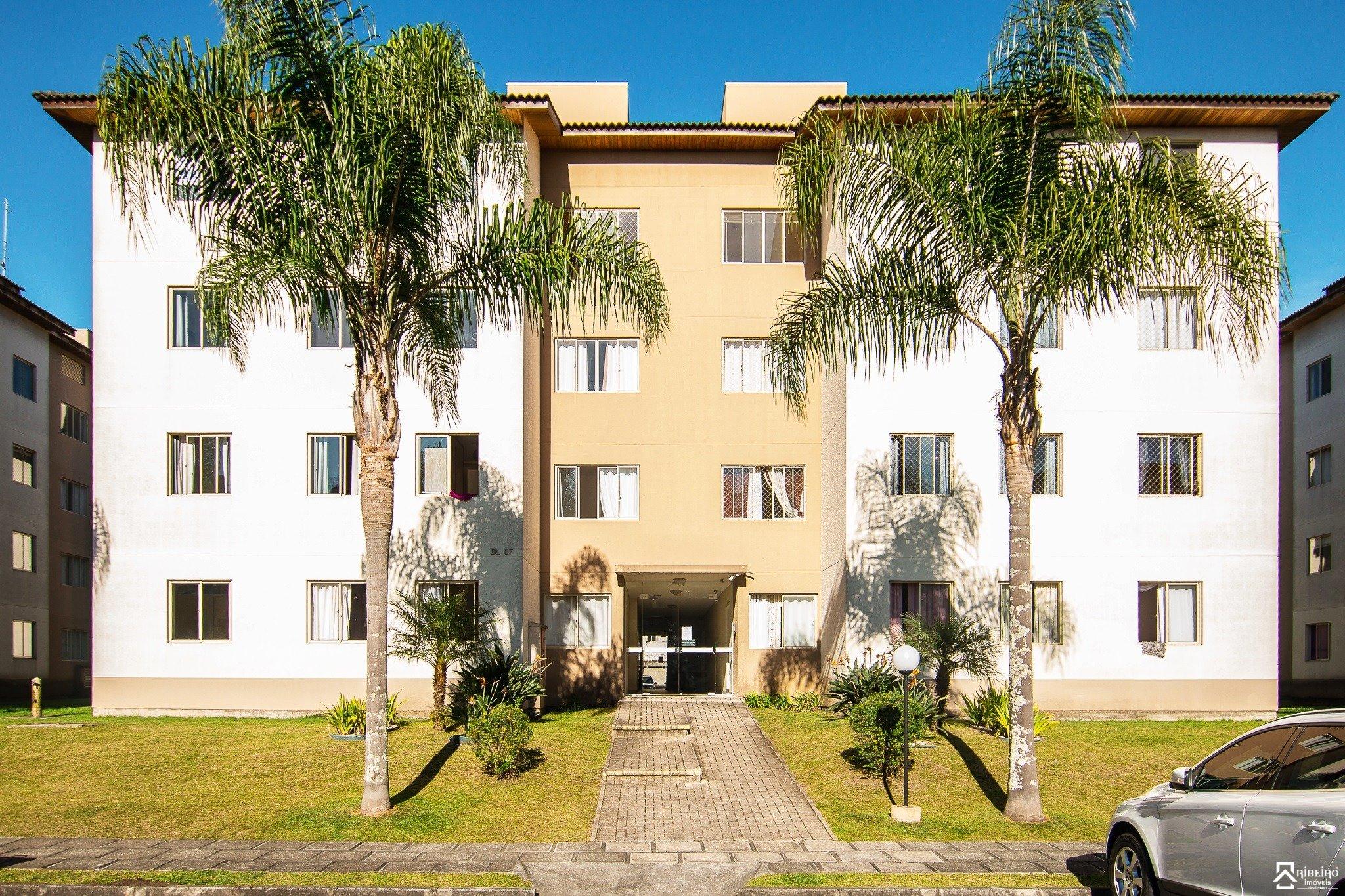 REF. 2143 -  São José Dos Pinhais - Rua  Adir Pedroso, 591 - Apto 45 - Bl 01