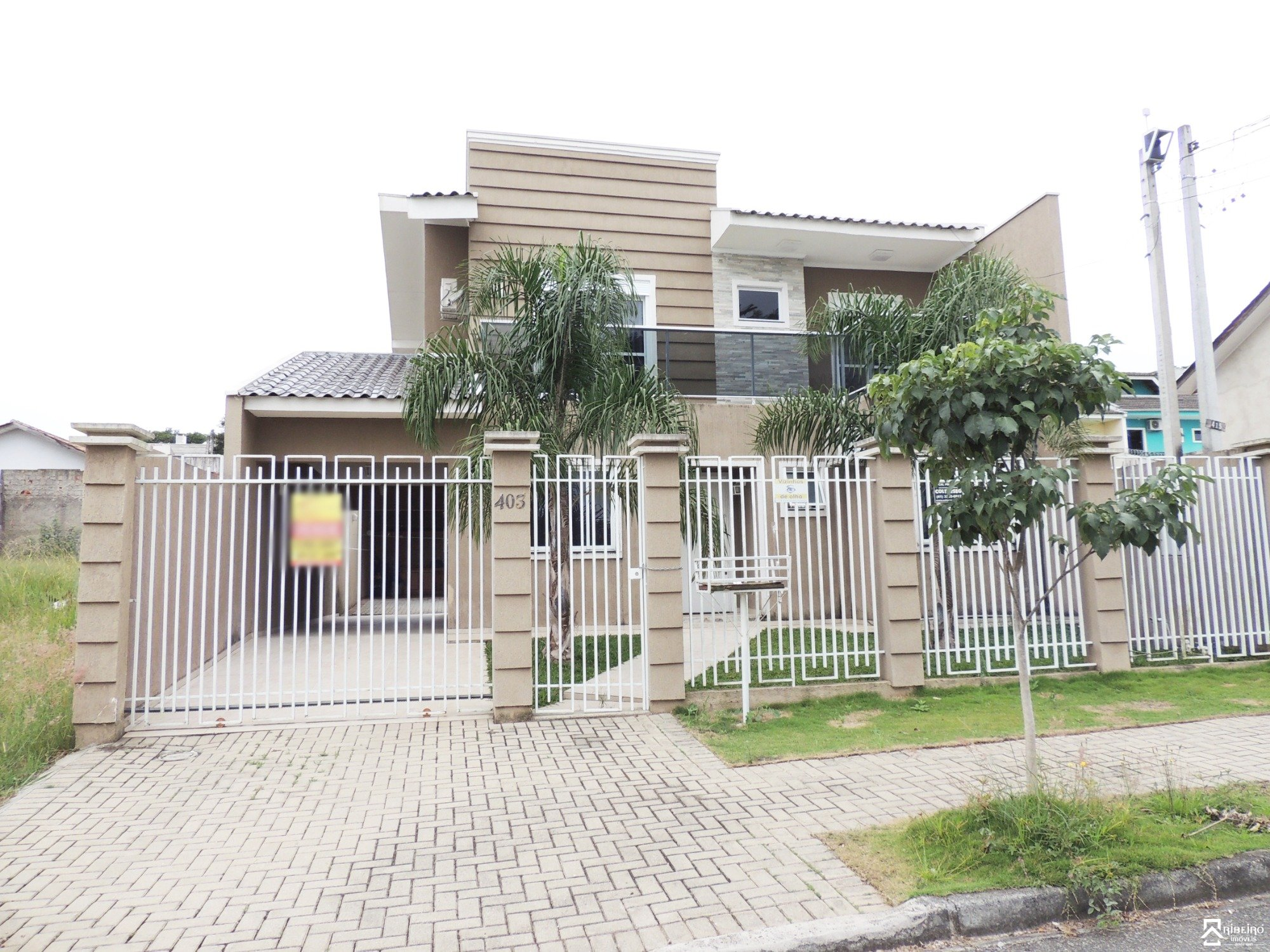REF. 4967 -  São José Dos Pinhais - Travessa  Andre Siccuro, 403