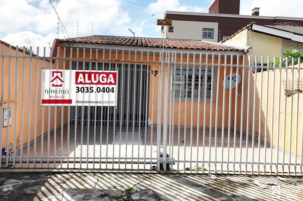 REF. 6690 -  São José Dos Pinhais - Rua Irati, 345 - Casa 03