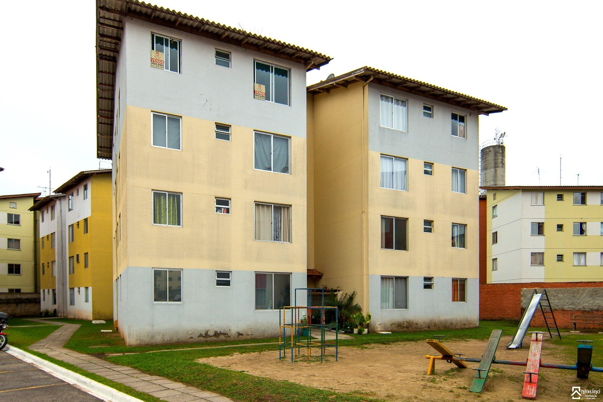 REF. 6928 -  São José Dos Pinhais - Rua  Anneliese Gellert Krigsner, 3033 - Apto 31 - Bl D