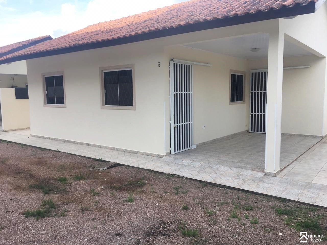 REF. 7563 -  São José Dos Pinhais - Rua  Pedro Pires De Oliveira, 348 - Casa 05