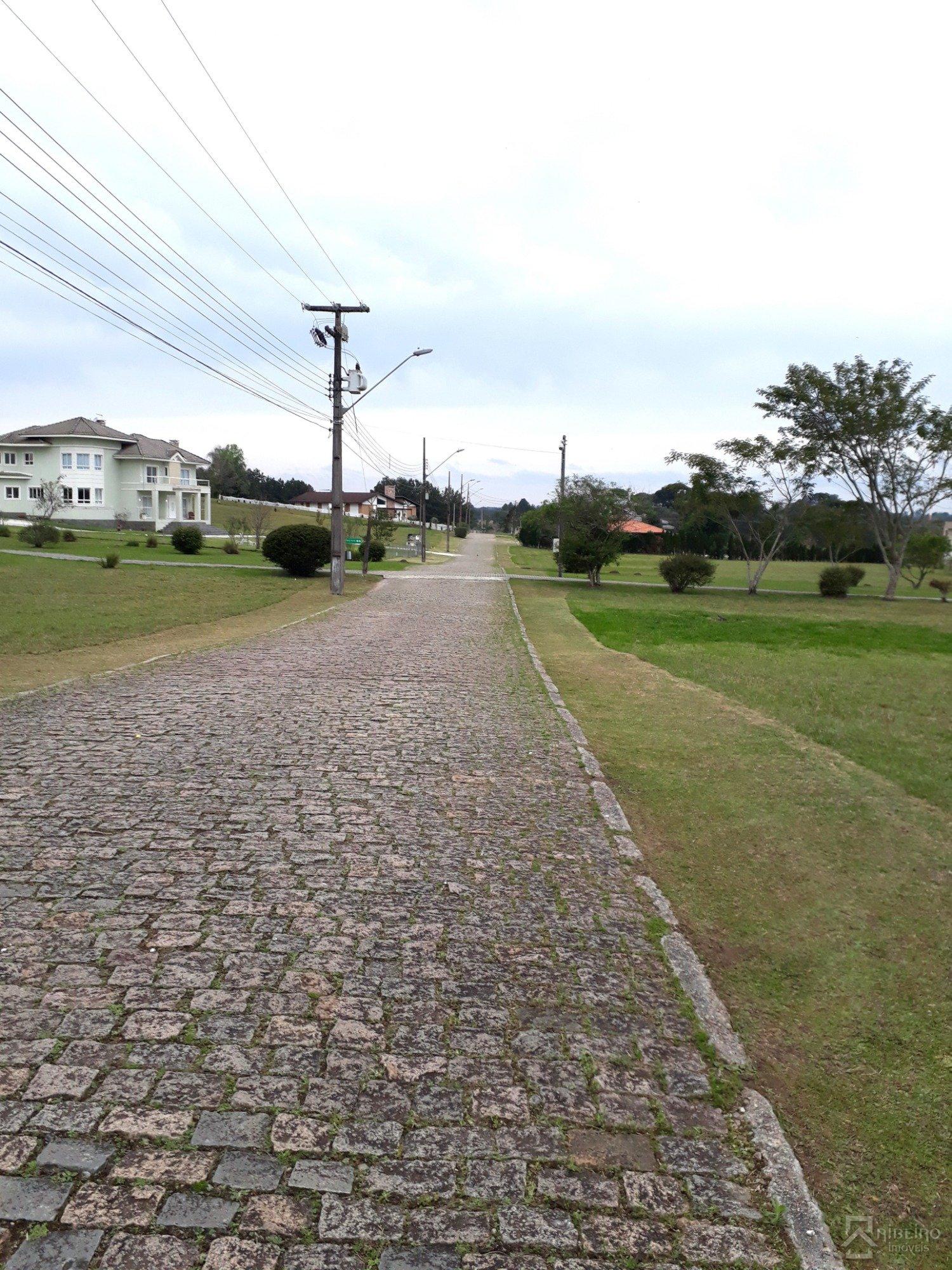 REF. 7719 -  São José Dos Pinhais - Rua  Das Imbuias, 33