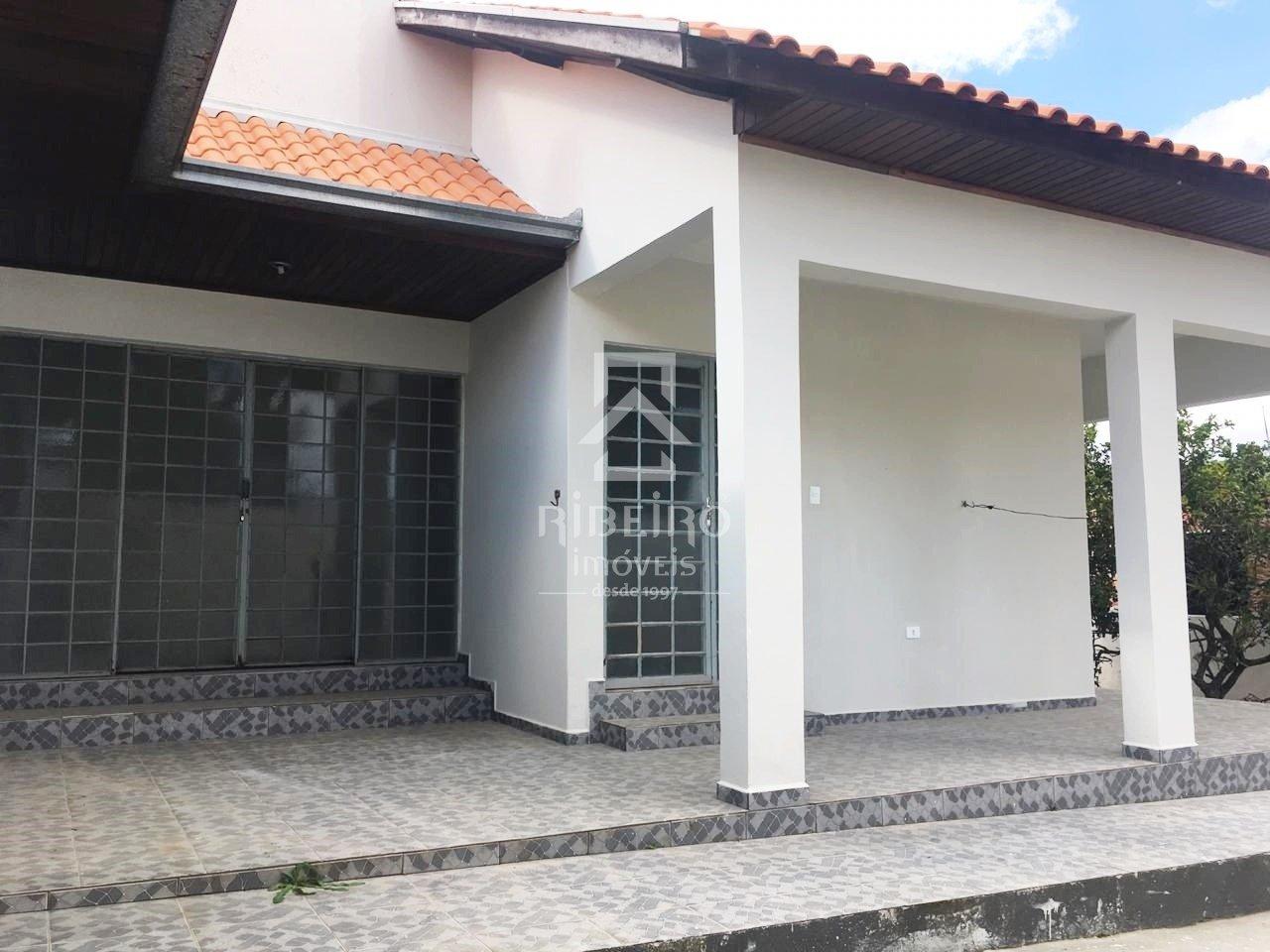 REF. 7882 -  São José Dos Pinhais -   Rui Barbosa, 11788 - Casa 03