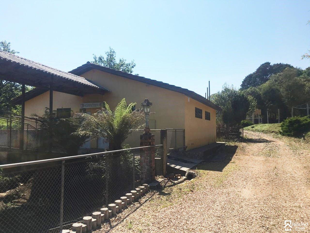 REF. 8415 -  São José Dos Pinhais - Rua Campestre, 2735