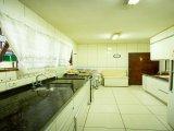 REF. 8439 -  Sao Jose Dos Pinhais - Rua  Tavares De Lyra, 000
