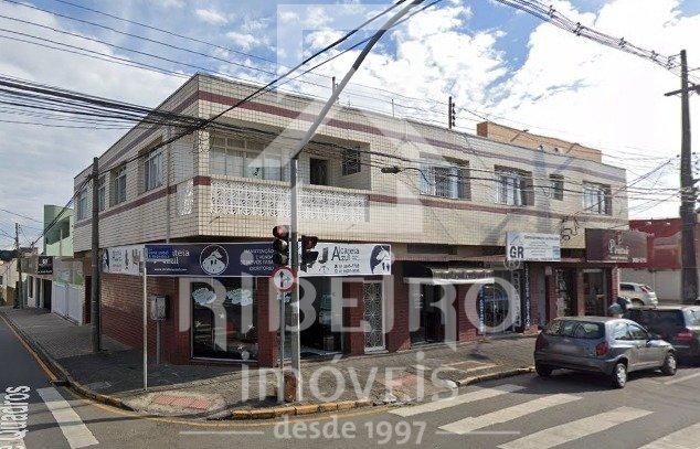 REF. 8590 -  São José Dos Pinhais - Rua  Izabel A Redentora, 1142- Sala 01