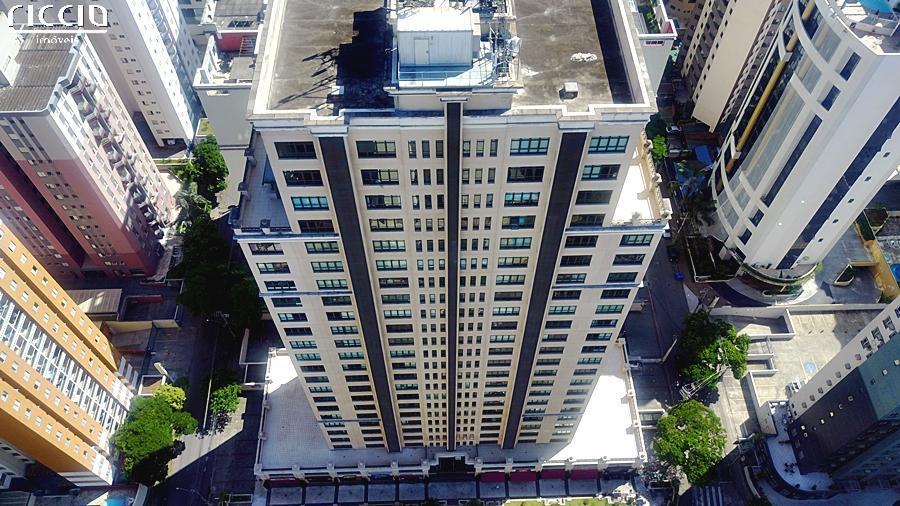 O Edifício Le Classique esta localizado no Jardim Aquarius em São José dos Campos, um prédio de salas comerciais na área mais bem localizada da cidade, 12 lojas a partir de 53 m², 270 salas comerciais a partir de 36 m², 6 elevadores de alta velocidade, Gerador de emergência e Vagas rotativas.