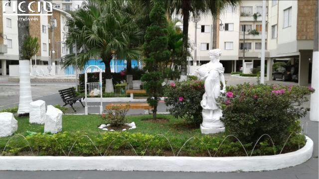 O Edifício Residencial Isadora fica no bairro Trinta e Um de Março em São José dos Campos - SP.