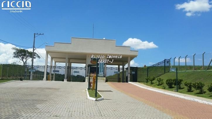 O Condomínio de Alto Padrão em Caçapava com terrenos de 1.200 m². Condomínio com segurança 24 hrs com ronda, local tranquilo com animais silvestres, entre a rodovia Presidente Dutra e Carvalho Pinto.