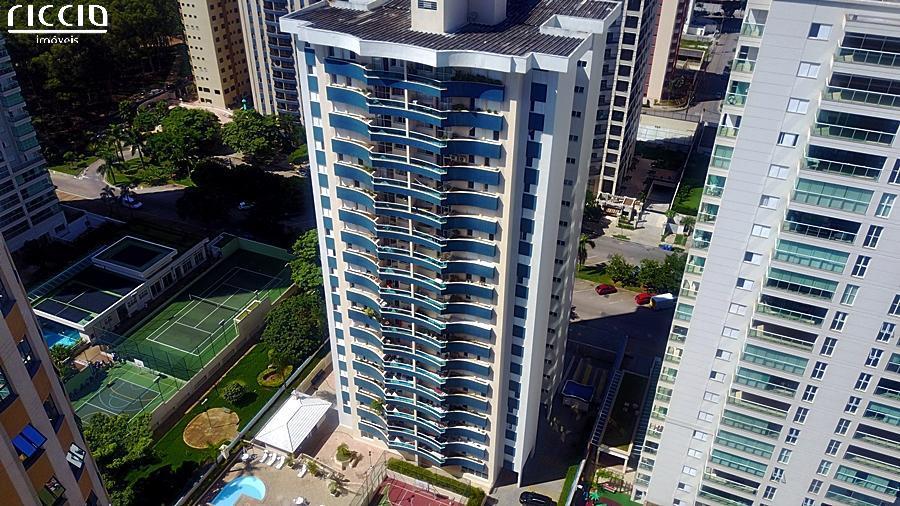 O Edifício Fontana D Ampezzo esta localizado no Jardim Aquarius em São José dos Campos, Apartamento de 128 m², com 3 ou 4 dormitórios c/ suíte. Lazer completo.