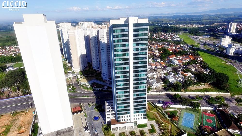 Edifício Helbor Offices Jardim das Colinas é um conjunto de Salas de Salas Corporativas no bairro Jardim das Colinas em São José dos Campos. Número de torres: 1, total de unidades: 368 unidades, salas com Área Privativa: 22,40 a 80,61 m², Área do terreno: 5.683,15 m². Vagas para visitantes entre outros.