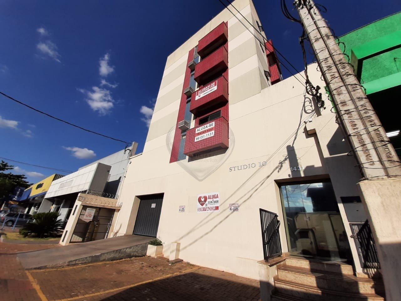 00002.032, Apartamento no Edifício Studio 10, de 1 quarto, 24 m² para alugar no Lago Igapó - Londrina/PR