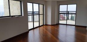 Apartamento Triplex no Morumbi