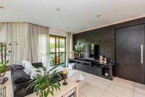 Apartamento Reformado na Vila Olímpia com 2 Suítes