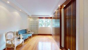 Apartamento em Pinheiros, São Paulo com 2 domitórios e  suíte