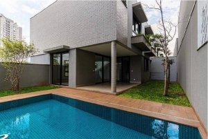 Casa em Condomínio Fechado ao Lado do Ibirapuera