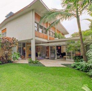 Residência Modernista Perto do Iguatemi