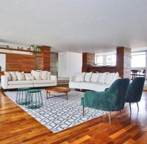 Apartamento Espaçoso na Rua Oscar Freire