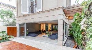 Casa em Condomínio em Jardim Europa, São Paulo com 4 domitórios e 4 suítes