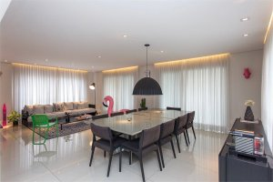 Apartamento Contemporâneo em Moema