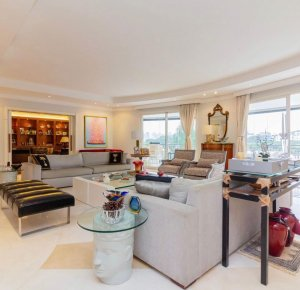 Apartamento Clássico com Linda Vista