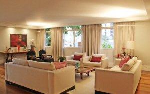 Apartamento Reformado em Excelente Localização