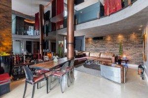 Duplex com Projeto da Urbano Studio Arquitetura