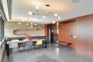 Apartamento em Edifício Projetado por Marcio Kogan