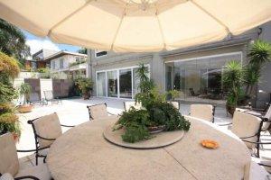 Casa Nova em Bem Reformada no Jardim Guedala