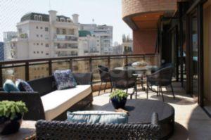 Duplex na Parte Fechada da Rua Fernandes de Abreu