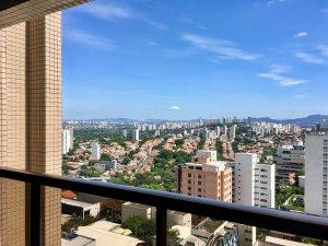 Apartamento Amplo, com uma Vista Linda, Andar Alto