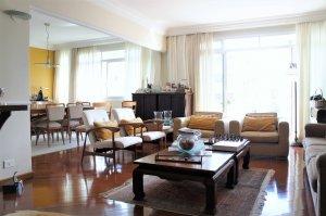 Cobertura Duplex com Amplo Terraço e Vista Livre