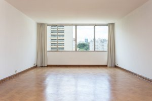 Apartamento com Alto Potencial para Reforma