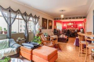 Apartamento ao Lado da Rua Oscar Freire.