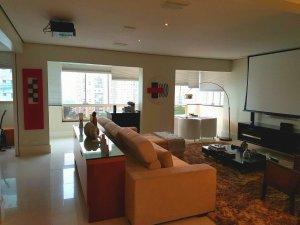 Apartamento com Muito Charme no Campo Belo