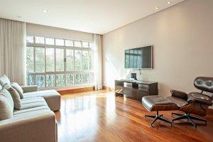 Apartamento Reformado por Simone Coste