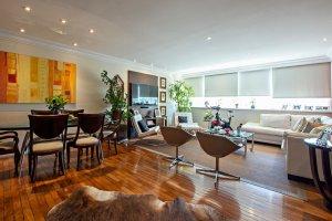 Apartamento Reformado com Terraço no Jd. América