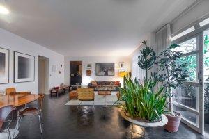 Apartamento Reformado na Rua Oscar Freire