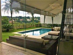 Bela Casa à Venda no Bairro Cidade Jardim