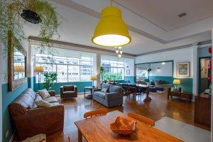 Apartamento com Jeito de Casa, Próximo a  Paulista